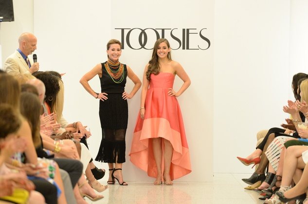 Recipe for Success Fashion Gene Awards, May 2015, Kari and Alyssa Parsons