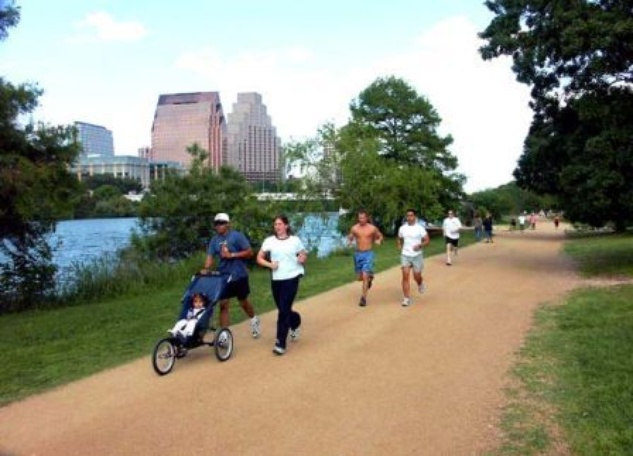 Austin Photo Set: News_Christina Pesoli_trail etiquette_October 2011_lady bird runners
