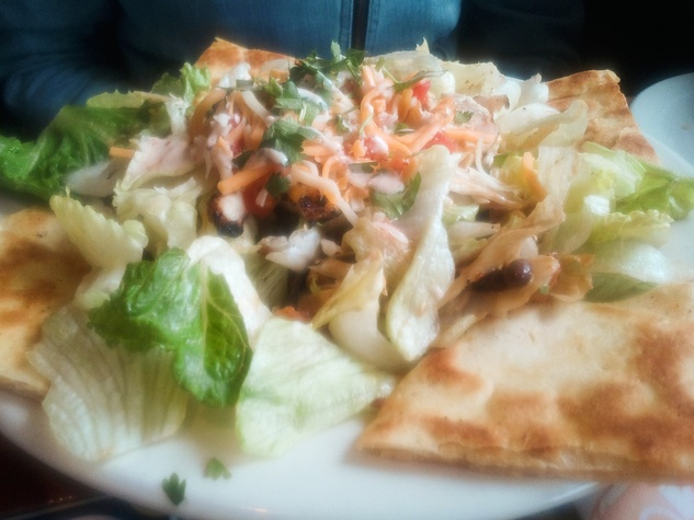 News_Chili's_Quesadilla Explosion Salad_salad