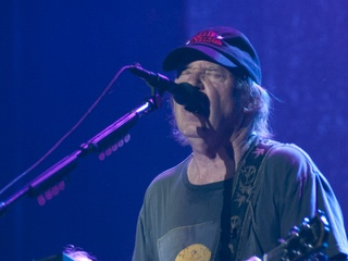 Austin Photo Set: News_pages_acl day 2_oct 2012_neil young2