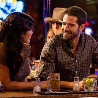 Annalynee McCord and Jesse Metcalfe in season 3 of Dallas