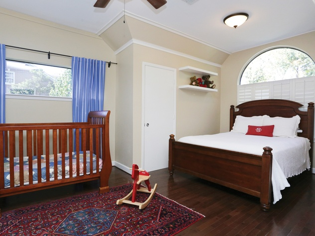 14 On the Market 2205 Tangley St. January 2015