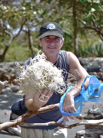 Austin Photo Set: News_Melissa Gaskill_plastic bags_wildlife_jan 2012_plastic3