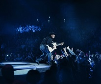 Garth Brooks Rodeo Houston closing show approved shot