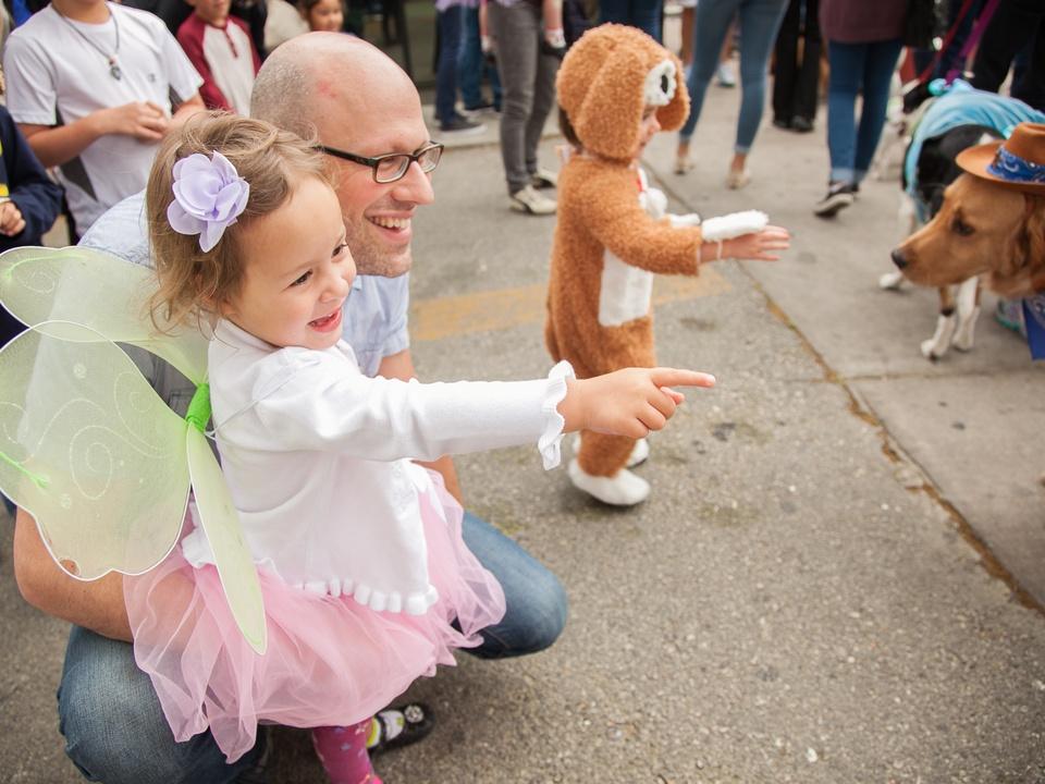 Jo's 16th Annual Pet Parade in Austin Yevgeniy Anya
