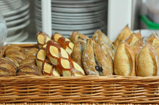 Common Bond bread basket