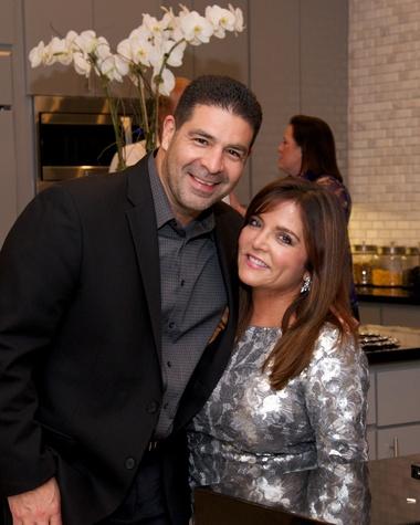 157 Roy and Beth Garcia at Theresa Roemer first charity closet party November 2014