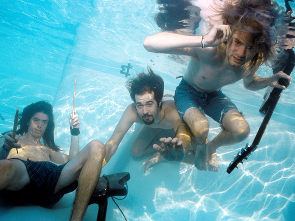 Austin Photo Set: News_Monique Lavie_Nirvana_August 2011_band underwater