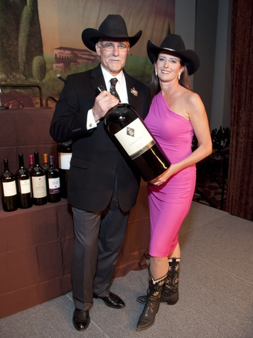News_002_RodeoHouston_Uncorked_March  2012_Randolph Holford_Stephanie Earthman Baird .jpg