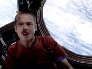 Chris Hadfield sings Space Oddity