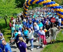 NAMIWalks mental health walk with walkers and balloons