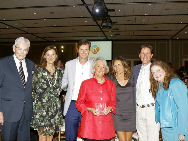 – Partners for Children Award recipients:  John Bitzer, Leslie Needleman, Jason Needleman, Mary Ella Bitzer, Meredith Needleman, Josh Needleman and Paige McDaniel, president and CEO, Community Partners of Dallas