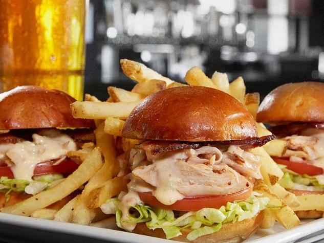 Bar Louie sandwich