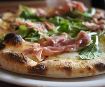 Prosciutto and arugula pizza at Cane Rosso restaurant Dallas