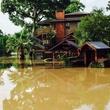 Buffalo Bayou overflow flooding near Brenner's on the Bayou