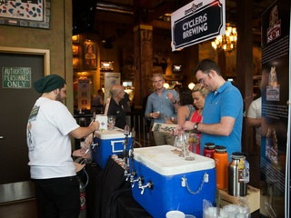 House of Blues presents Local Brews, Local Grooves