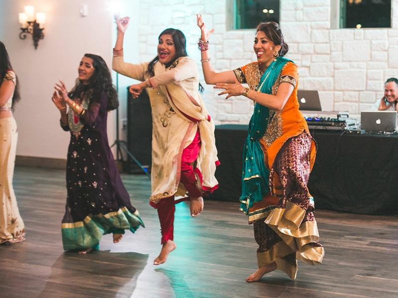Siddiqui wedding, dancing, Real Weddings 2017