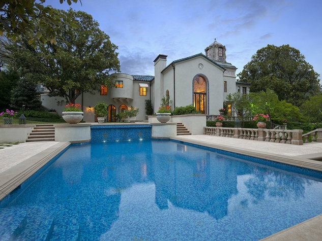 3828 Turtle Creek in Dallas