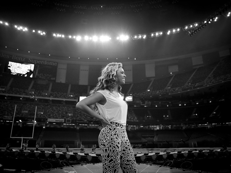 Beyonce, Super Bowl, in stadium, rehearsal, February 2013