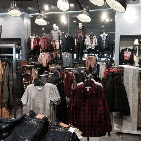 H&M interior menswear at Galleria
