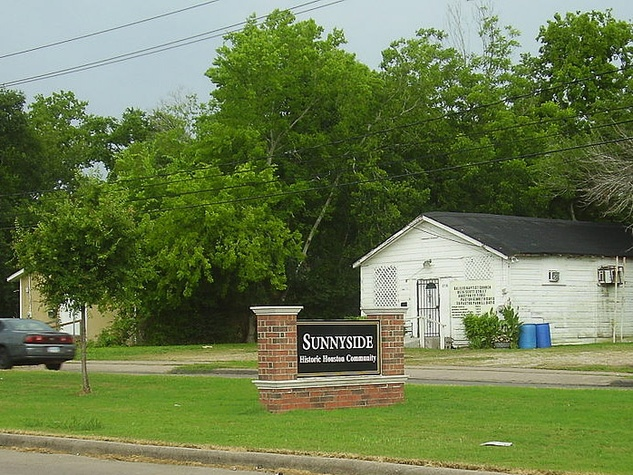 Sunnyside neighborhood Houston welcome sign