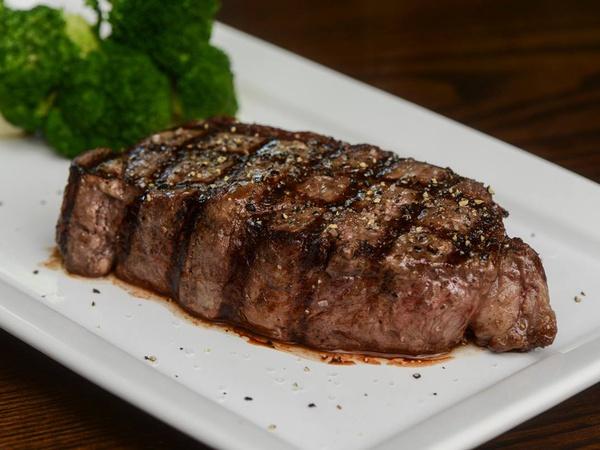 Share 21 Top Spots For a Big Juicy Steak in Austin tweet share Pocket Flipboard Email Setting chicken fried steak aside, options for good ol' juicy cuts of meat are plentiful in Austin.