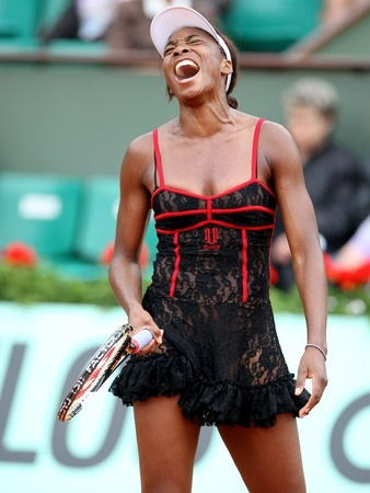 News_Venus Williams_French Open_outfit