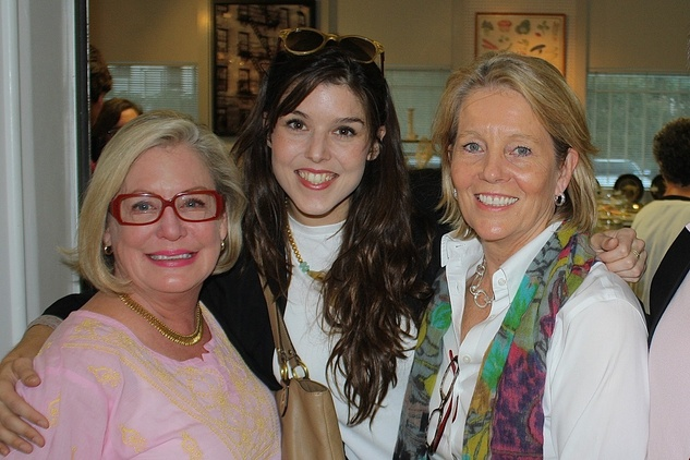 News, Shelby, Blue Bird Circle endowed chair, October 2014,Suzy Rhodes, Regina Romano, Anne Romano