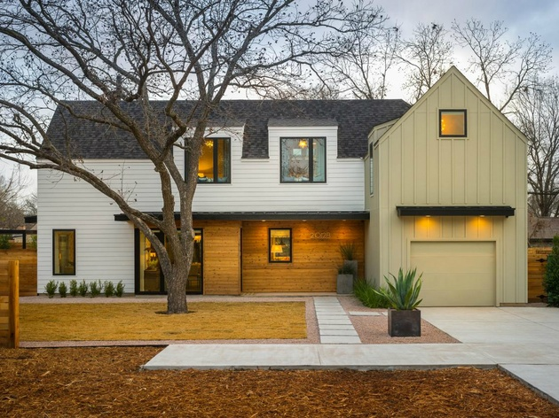 Front of HGTV 2015 Smart Home