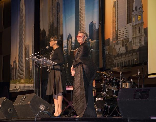 11 Barbara Amelio, left, and Carrie Glassman Shoemake at the Rice Design Alliance Gala November 2014