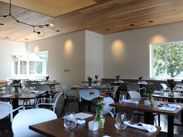 First taste at Bistro Menil September 2014 interior