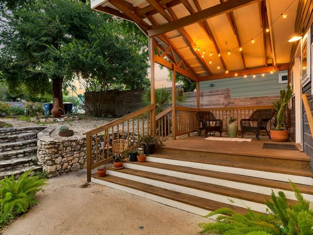 East Austin house home 1131 Poquito Street 78702 patio