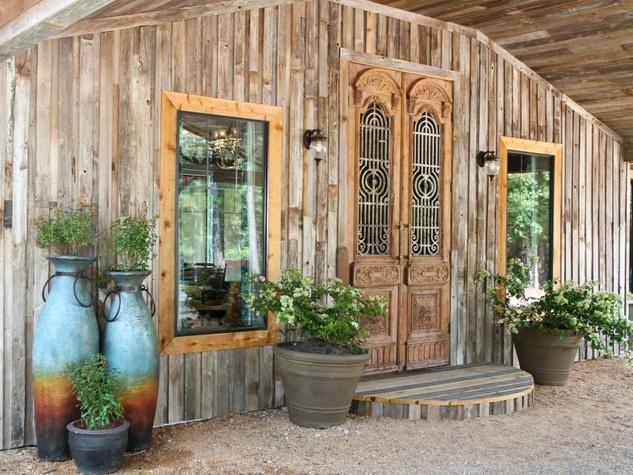 Deer Lake Lodge entrance