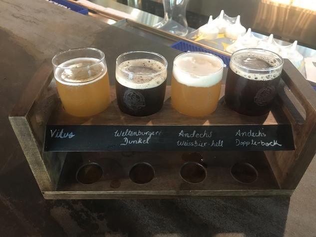 King's Biergarten beer flight