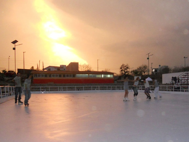 Super-Glide ice skating rink in Mexico