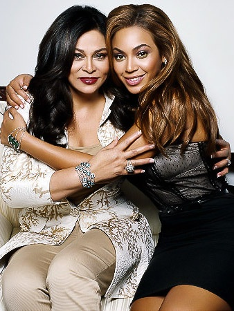 News_Tina Knowles_Beyonce