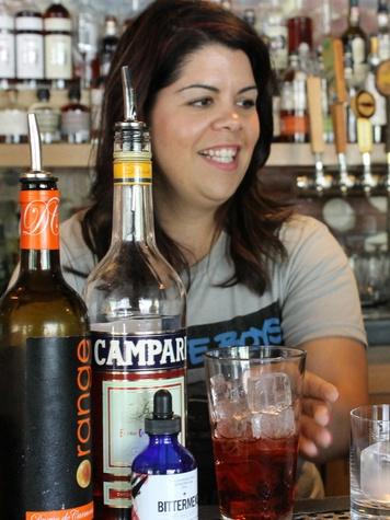 Austin Photo Set: News_Matt_female mixologists_may 2012_jessica sanders