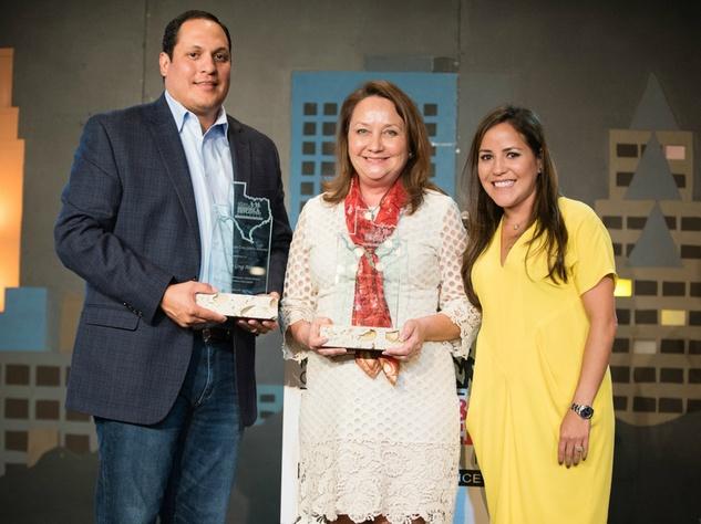 NCMEC Texas Heroes for Children Gala 2015 Aaron Saenz Cecilia Abbott Gabriela Saenz