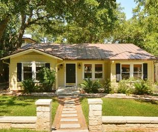 Austin house home 2104 Elton Lane Tarrytown 78703 exterior front