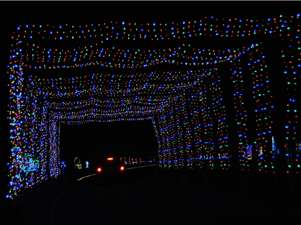 Spectacular holiday show lights up the track at Texas Motor ...