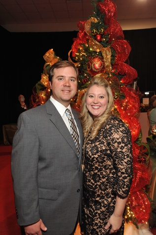 5 9522 Braden and Amy Keith at the Theta Charity Antiques Show Preview Party November 2014
