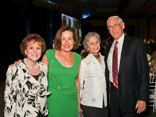 News_Holocaust Museum dinner_May 2012_Regina Rogers_Andrea White_Anne Mendelsohn_Dr. John Mendelsohn