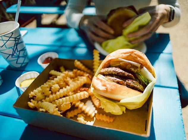 Pool Burger burger