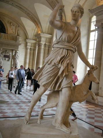 Louvre Paris tour July 2013 statue