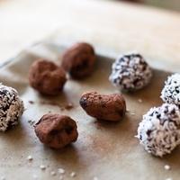Austin Photo Set: News_Leila Kalmbach_homemade truffles_dec 2011