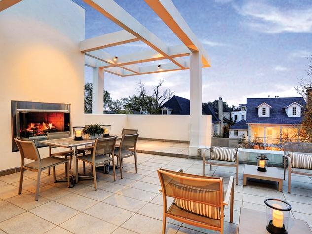 20 On the Market 2212 Salisbury St. River Oaks April 2015 rooftop terrace
