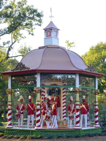 Dallas Arboretum presents 12 Days of Christmas