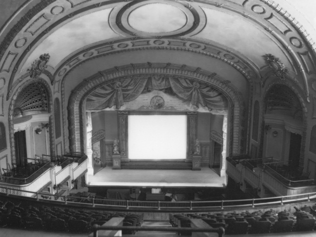 Paramount Theatre_100 Years_Stage Then_1930s