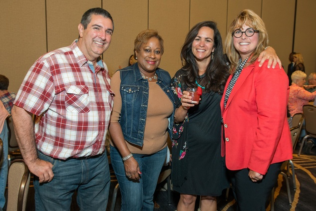 Mike Lalumia, Brenda Powell, Nancy Lalumia, Brenda Anderson at HEB Primo Picks party