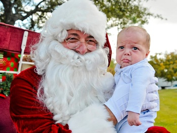 photos with Santa, December 2012, crying babies, children